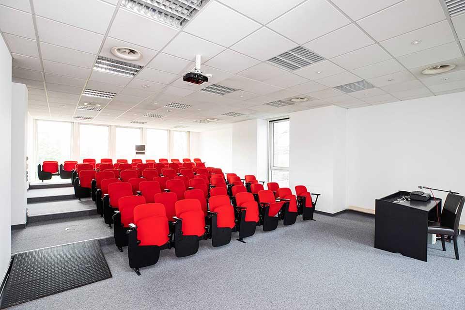 kinosaal und konferenzraum in duesseldorf